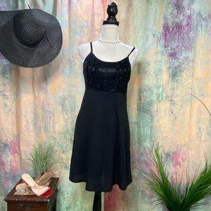 📌B.C.B.G Romantic Pull-over Mini Dress